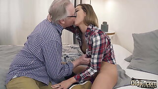 Ex-Girlfriend Rides With Her Vagina And Grandpa Fucks Her Mouth