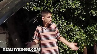 Milf Hunter - (Jordi El Niño Polla, Kimmy Granger, Lisa Ann) - When Lisa Ann Cums Over - Reality Kings